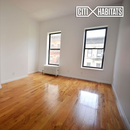 Rent this 3 bed apartment on Times Square in 440 West 45th Street, New York
