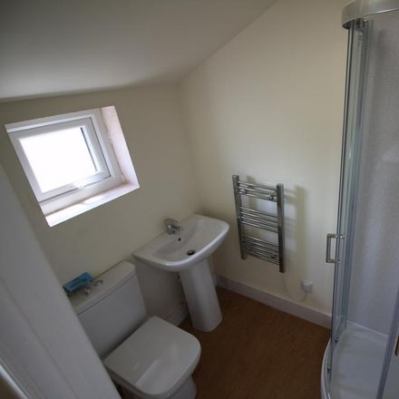 Rent this 1 bed apartment on St Mary's Road in Warwick CV31 1JP, United Kingdom