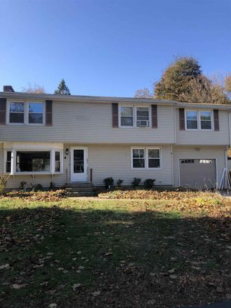Rent this 4 bed house on 4 Ohio Avenue in Nashua, NH 03060