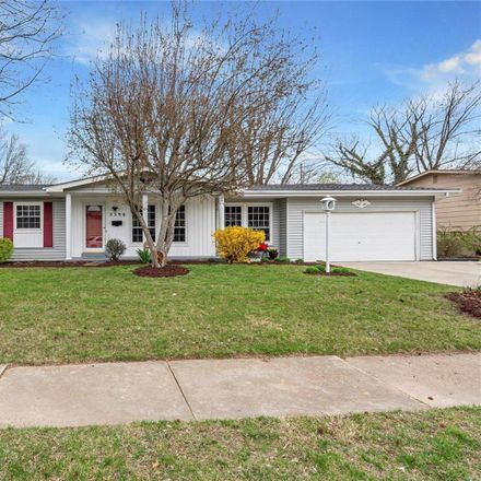 Rent this 3 bed house on 2390 Liberty Drive in Florissant, MO 63031