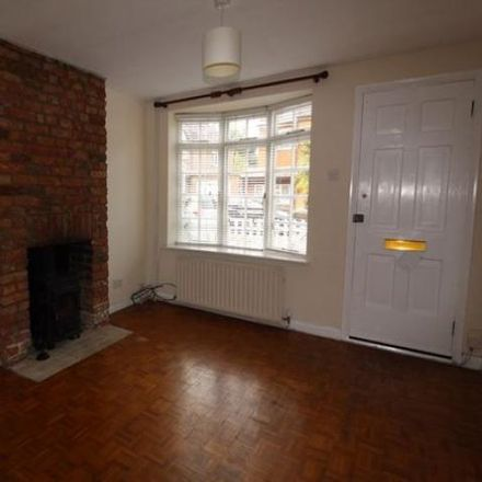 Rent this 2 bed house on Alexandra Road in Runnymede TW20 0RP, United Kingdom