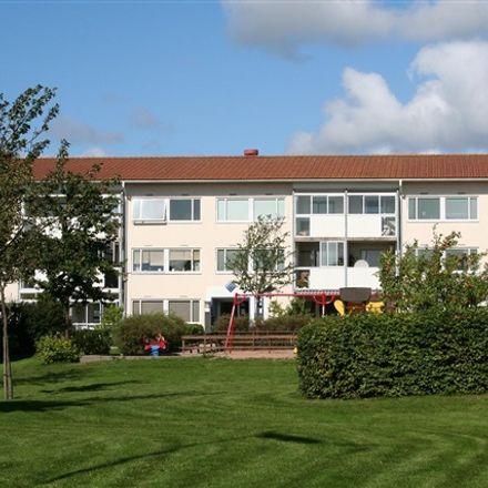 Rent this 1 bed apartment on Reliefplatsen in 302 91 Halmstad, Sweden