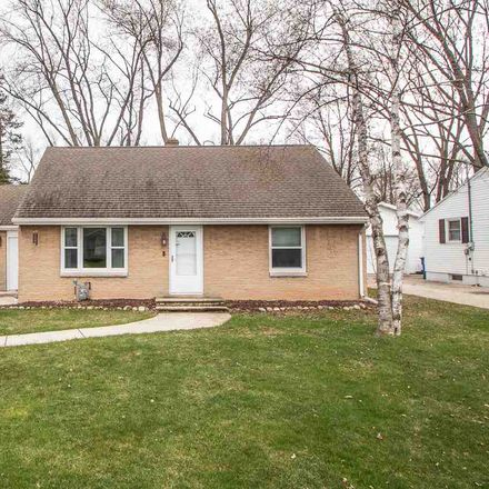 Rent this 3 bed house on 461 Cottage Grove Avenue in Ashwaubenon, WI 54304