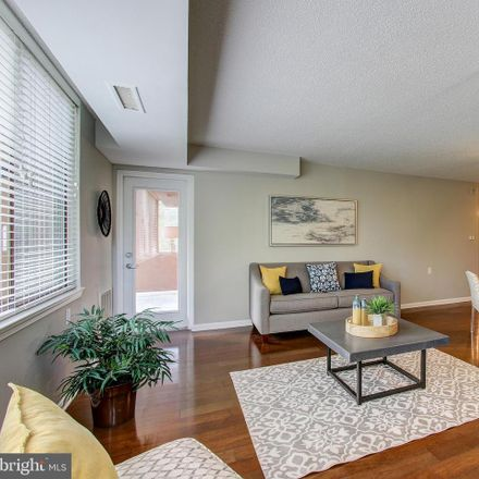 Rent this 2 bed condo on 10101 Grosvenor Pl in Rockville, MD