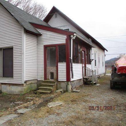Rent this 5 bed duplex on 33 Bridge Street in Windsor, VT 05089