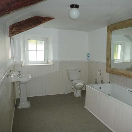 Rent this 4 bed house on Torridge PL16 0ER