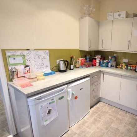 Rent this 4 bed house on Back Manor Terrace in Leeds LS6 1DP, United Kingdom