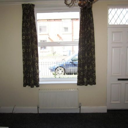 Rent this 2 bed house on Ferrars Road in Sheffield S9 1WP, United Kingdom
