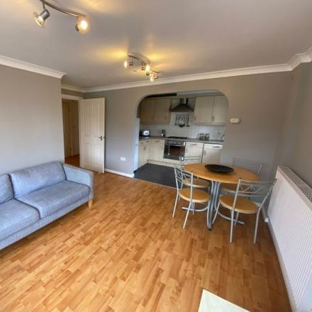 Rent this 2 bed apartment on Heron Quay in Bedford, MK40 1QS
