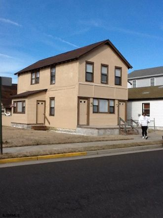 Rent this 3 bed apartment on Margate Blvd in Northfield, NJ
