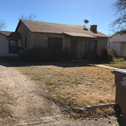 Rent this 3 bed apartment on 2325 Chestnut Street in San Angelo, TX 76901