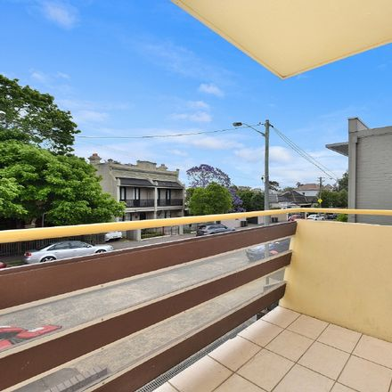 Rent this 2 bed apartment on 1/474 Darling Street