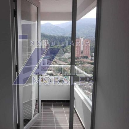 Rent this 3 bed apartment on Carrera 46 in Comuna 10 - La Candelaria, Medellín