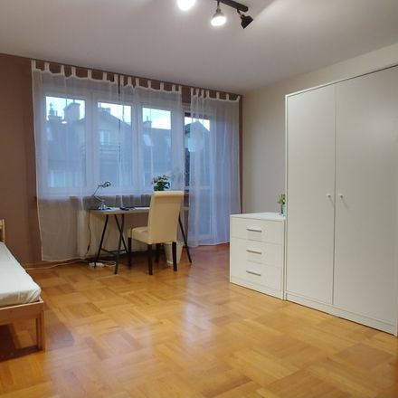 Rent this 3 bed room on Trzcinowa 25 in 02-446 Warsaw, Poland