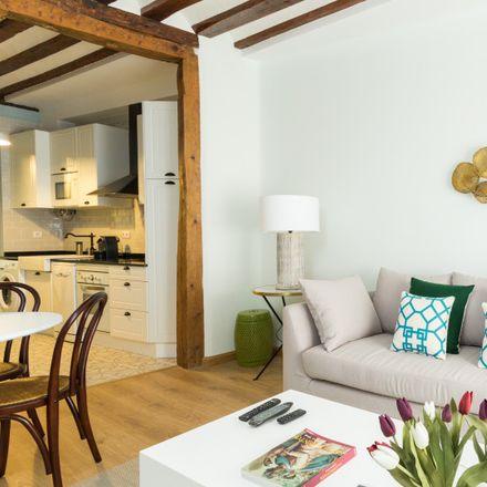 Rent this 1 bed apartment on Junta Municipal de Distrito Centro. in Plaza de la Villa, 28001 Madrid