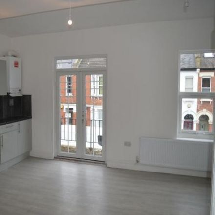Rent this 2 bed apartment on St Mary Magdalen RC Junior School in Linacre Road, London NW2 5BB