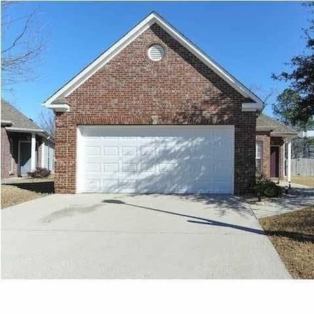 Rent this 3 bed house on 399 High Ridge Court in Alabaster, AL 35124