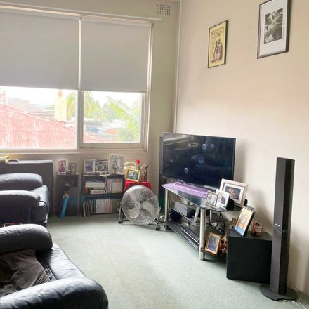 Rent this 2 bed apartment on 12A/20 Herbert Street