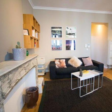 Rent this 1 bed apartment on Chaussée de Charleroi - Charleroise Steenweg 43 in 1060 Saint-Gilles - Sint-Gillis, Belgium