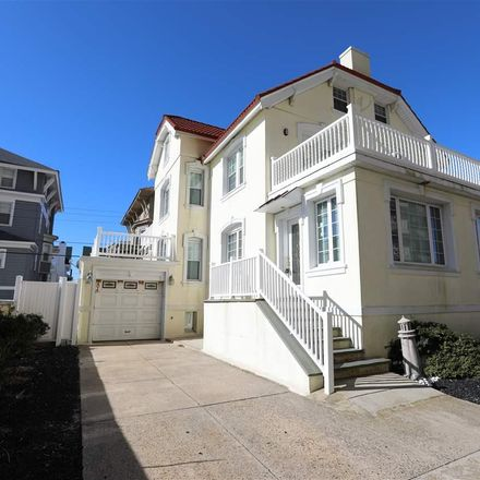 Rent this 5 bed house on 104 South Oakland Avenue in Ventnor City, NJ 08406