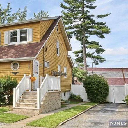 Rent this 3 bed house on 30 4th Street in Ridgefield Park, NJ 07660