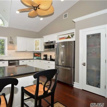 Rent this 3 bed house on Peconic Bay Blvd in Laurel, NY