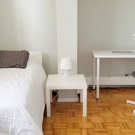 Rent this 1 bed apartment on Toronto in Glen Park, ON
