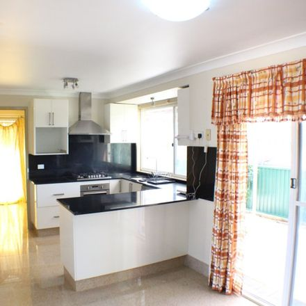 Rent this 3 bed townhouse on 1/151a Kissing Pt Road