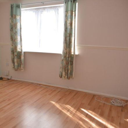 Rent this 3 bed house on Service Road 26 in Bradley DN37 9LF, United Kingdom