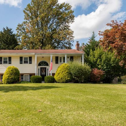 Rent this 3 bed house on W Evergreen Dr in Phoenixville, PA