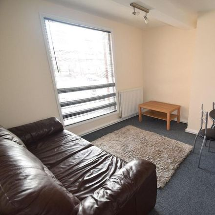 Rent this 3 bed apartment on Trinity Church in Wellington Road, Newport TF10 7HD