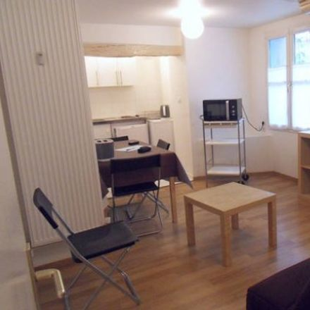 Rent this 1 bed apartment on 11 Rue d'Écosse in 76000 Rouen, France