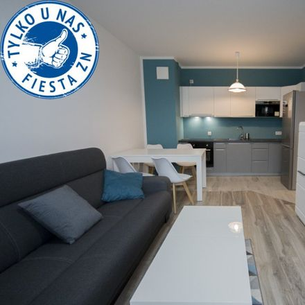 Rent this 3 bed apartment on Szkoła Podstawowa nr 85 im. Zrzeszenia Kaszubsko-Pomorskiego in Stolema, 80-177 Gdansk