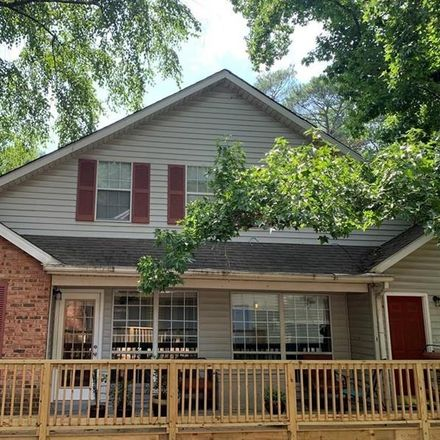 Rent this 3 bed townhouse on 1014 Kathleen Court in Roswell, GA 30075