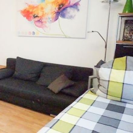Rent this 1 bed apartment on Zentrum in Offenbach am Main, Hesse
