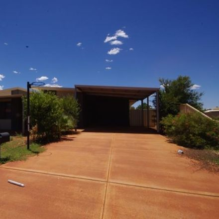 Rent this 4 bed house on 29 Callawa Way