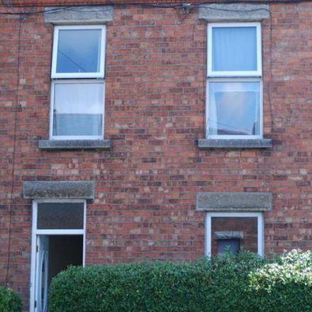Rent this 4 bed apartment on 65 Ellesmere Avenue in Cabra East C ED, Dublin