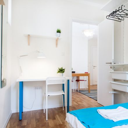 Rent this 2 bed room on Ul. Nikole Tomašića 10 in 10000, Zagreb