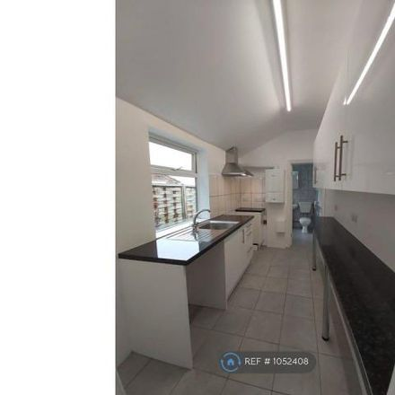 Rent this 2 bed house on St Paul's Road in Luton LU1 3RU, United Kingdom