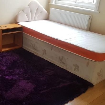 Rent this 0 bed room on Medium Studio Apartment #MR1 in Mora Road, London NW2 6SD