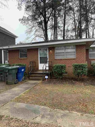 Rent this 3 bed condo on 407 Carolina Avenue in Raleigh, NC 27606