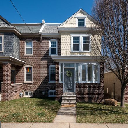 Rent this 3 bed townhouse on 1501 West 9th Street in Wilmington, DE 19806