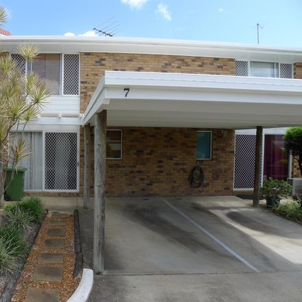 Rent this 2 bed townhouse on 7/54 Monash Road