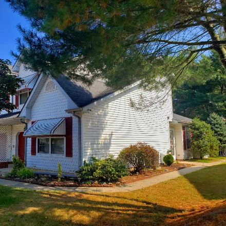 Rent this 3 bed townhouse on 136 Stoneham Drive in Glassboro, NJ 08028