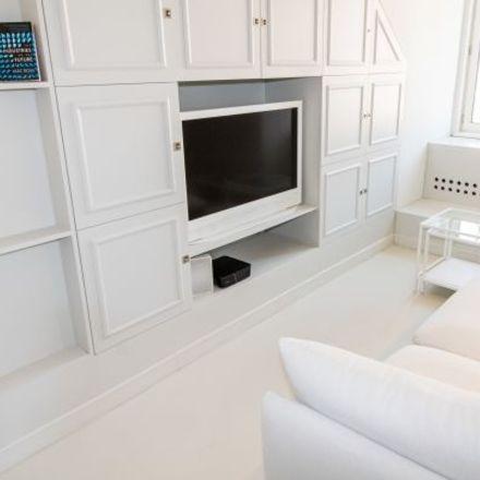Rent this 3 bed apartment on Anastasius-Grün-Gasse 41A in 1180 Vienna, Austria