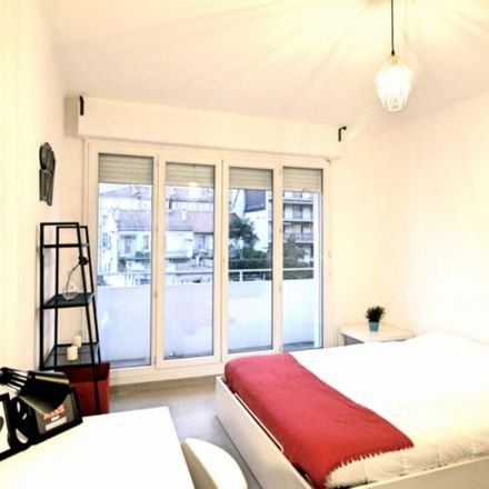 Rent this 4 bed room on 1 Rue Antoine Pons in 13004 Marseille, France