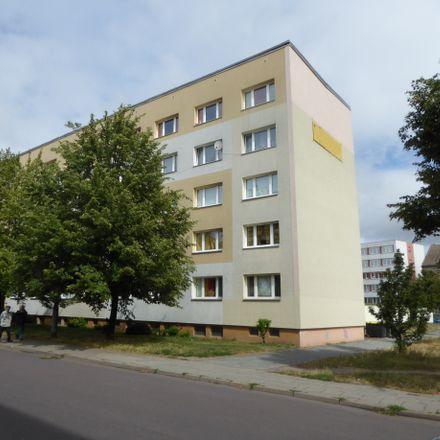 Rent this 3 bed apartment on Edeka Neukauf in Martin-Luther-Straße, 39288 Burg