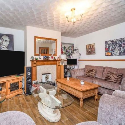 Rent this 2 bed apartment on Brynheulog in Penrhiwceiber, CF45 3RJ