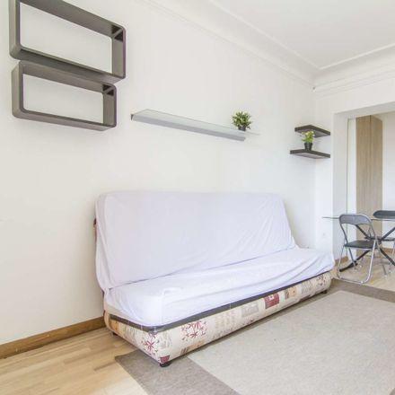 Rent this 1 bed apartment on Cours de Vincennes in 75020 Paris, France