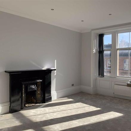Rent this 3 bed apartment on Carrington Street in Glasgow G4 9AJ, United Kingdom